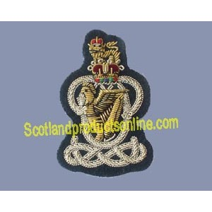 QUEENS ROYAL HUSSAR BERET CAP BADGE